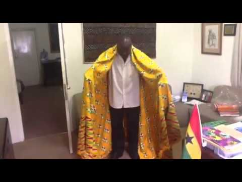 How to wear men's kente cloth