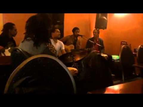 Groupe de capverdien chanteur Thiago