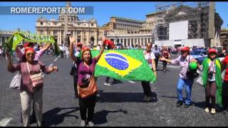 Samba dancing in St. Peter