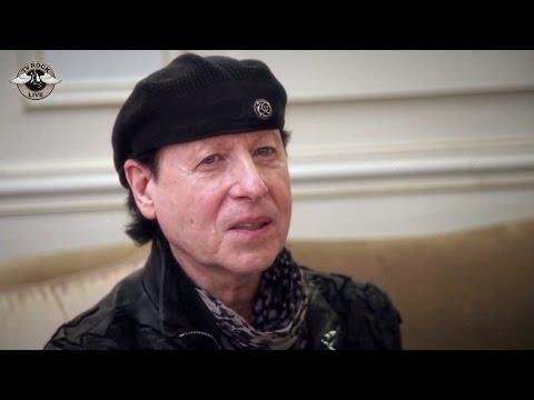 Scorpions - Interview Klaus Meine - Paris 2015 - TV Rock Live - Traduction en Français