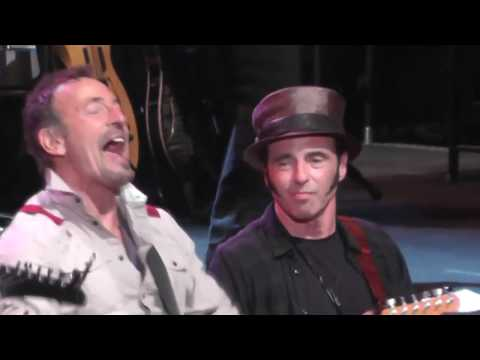 Bruce Springsteen & E Street Band 2014 Full Show - 5/13/2014