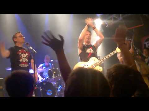 The Living End - Prisoner Of Society | Live Hamburg 8.6.2017 | KNUST