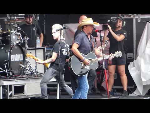 "Jason Aldean ""When She Says Baby"" Jacksonville, FL 9/2/2018"