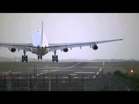 Crosswind landings and take offs at Kingsford-Smith Part 1