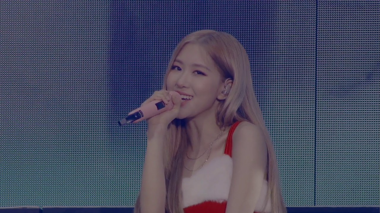 BLACKPINK ARENA TOUR 2018  SPECIAL FINAL - LAST CHRISTMAS MEDLEY