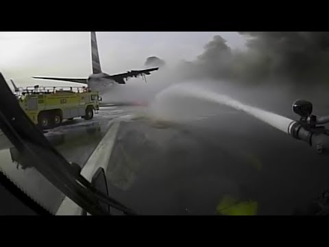 Crash Truck Dash Cam: AA 383 Fire At O'Hare (Fire Trucks Nearly Collide)