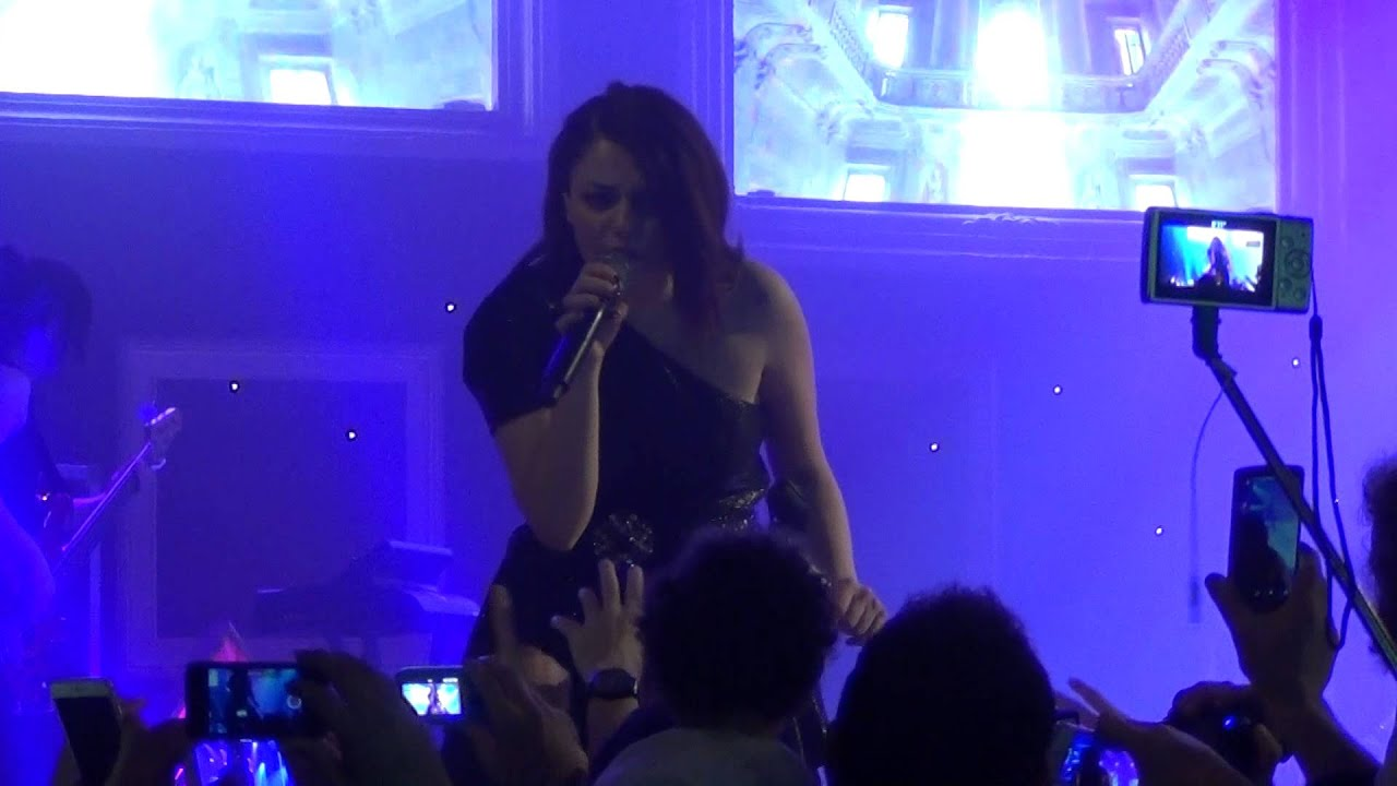 Annalisa una finestra tra le stelle live teatro acacia napoli full hd 06 05 2015 youtube - Finestra tra le stelle ...