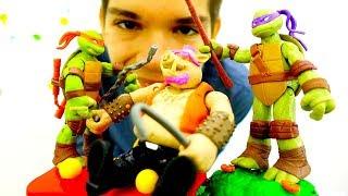 Видео про Черепашек Ниндзя. Бибоп усыпил кукольный город!