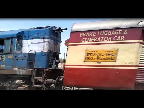 22903 Bandra Bhuj AC Express WDM3-A Running at Blasting Speed Near Kukma-Bhuj - Angry Honking!!!