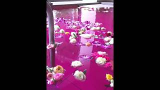天然温泉花咲の湯のバラ風呂