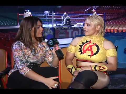 Lucha libre de mujer desnuda picture 76