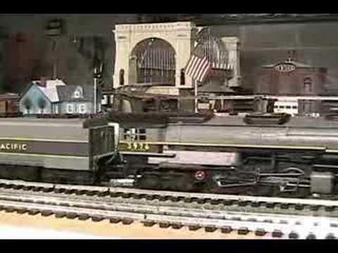 MTH Premier UP Challenger (4-6-6-4) O-Gauge Steam Locomotive