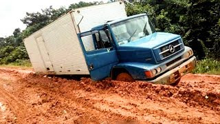 Amazing Truck Driving Skills | Extreme Truck Off Roads | Truck Stuck In Mud