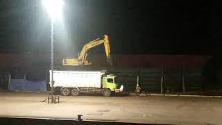 Sedih.. Beginilah Perjuangan Operator Excavator Batu Bara,,