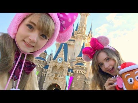 Taylor & Venus at Disneyland Tokyo (Christmas Edition)