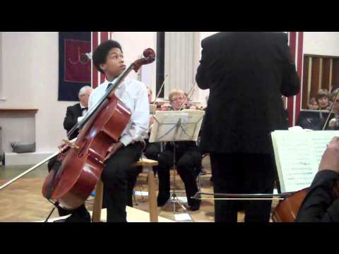 Sheku Kanneh-Mason (13 years old) plays Haydn Cello Concerto in C