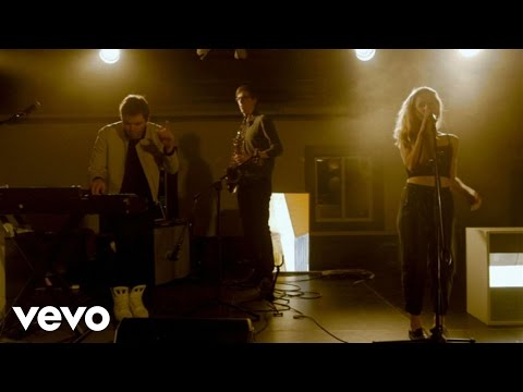 Marian Hill - One Time (The Wild Honey Pie Presents On The Mountain)