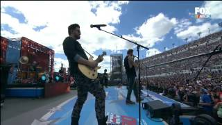 Florida Georgia Line Perform at 2016 Daytona 500