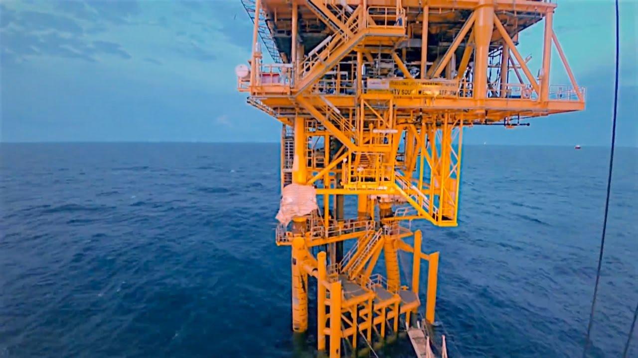 Phóng Sự: Phát triển kinh tế biển thành ngành kinh tế mũi nhọn