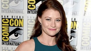 'Once Upon A Time' Star Emilie de Ravin Shares Adorable Pic of Newborn Daughter