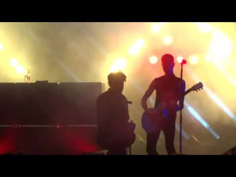 """AFI - """"Paper Airplanes (Makeshift Wings)"""" (Live in San Diego 8-1-17)"""