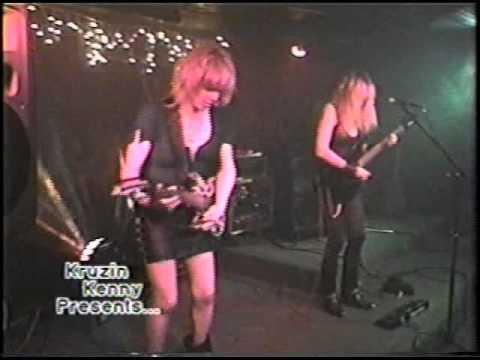 Best Female Guitarist The Shredmistress Shredding Guitar