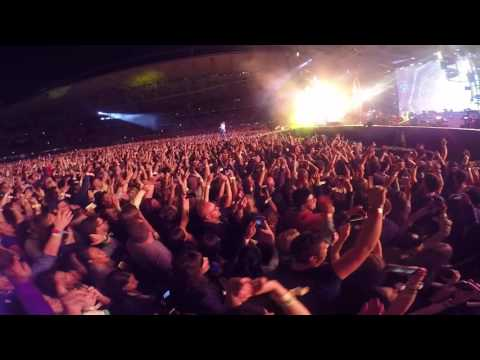Coldplay Melbourne 2016 - Hymn For The Weekend Live