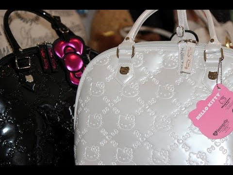 Whats In My Hello Kitty Bag! HAUL!