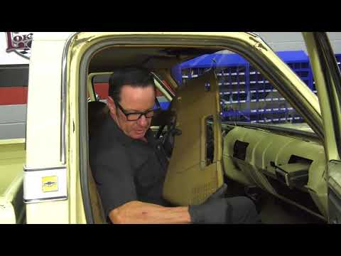 Sam's Garage S2 E2 - 73-87 Chevy & GMC Truck Dash Pad Installation