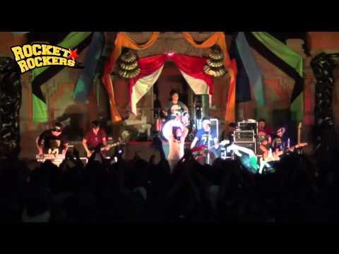 Rocket Rockers - Dia (feat. Putri Gecko) Live at Singaraja Bali
