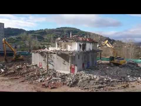 Demolición final de la  antigua estación de autobús