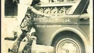 Si Jago Mogok - Titiek Sandhora