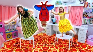 The Floor is Lava story with Princesses   Super Elsa