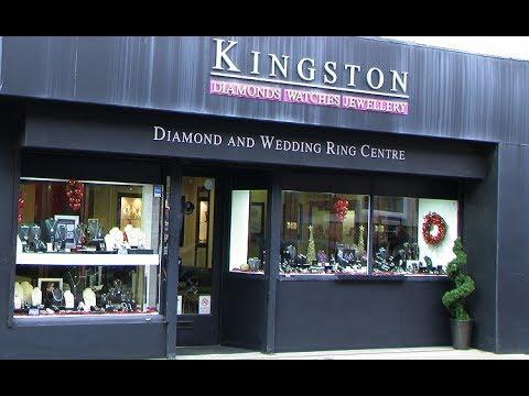 Kingston Jewellers Donate Christmas Treasure Hunt Prize For Pontefract Yorkshire