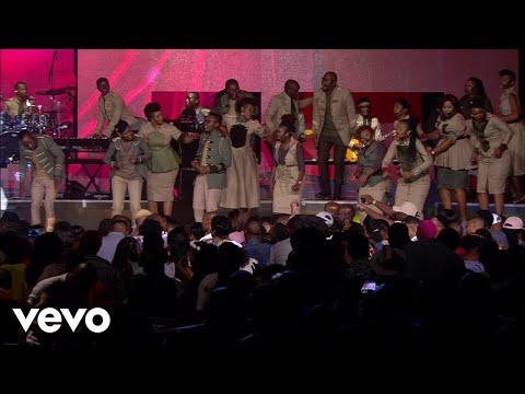 Joyous Celebration - Uzuliphathe Kahle (Live)