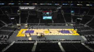 Change Staples Center court