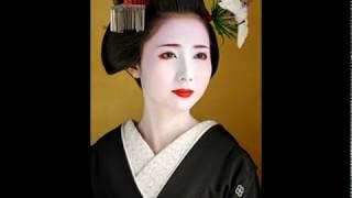 Гейши.  Японский национальный костюм.