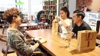Đông Nhi và Ông Cao Thắng ăn sạch menu quán của Thỏ Đen