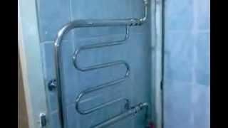 Полотенцесушитель в ванной(Полотенцесушитель в ванной, показана установка на гибкой подводке., 2013-09-17T16:07:55.000Z)