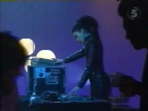 Atari Teenage Riot - Destroy 2000 Years Of Culture [Live Swedish TV 1998]