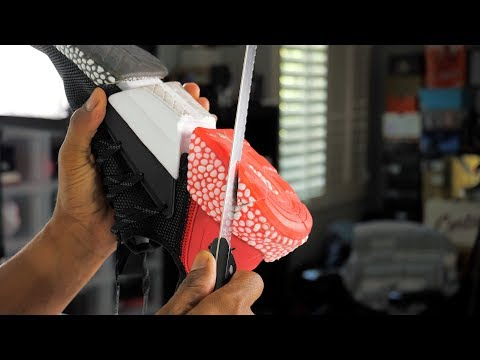 unboxing:-i-cut-this-sneaker-to-see-what's-inside