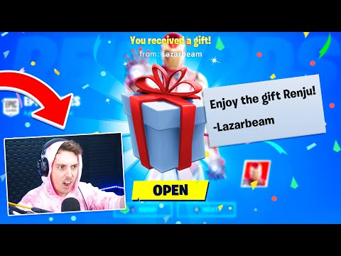 I asked 100 Famous Youtubers to Gift me Skins on Fortnite...