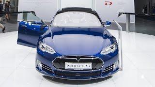 Tesla Model S обзавелась автопилотом (новости)