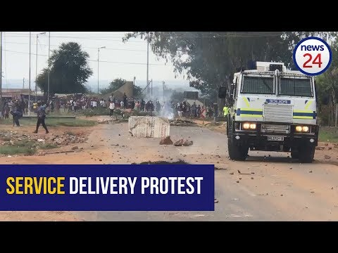 WATCH: Police clash with protesting Hammanskraal residents