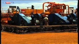 جوبا تلوح بإيقاف تصدير النفط عبر أنابيب الخرطوم
