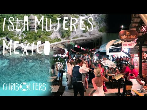 ISLA MUJERES MEXICO - BEST HOTELS, SNORKELING + GOLF CARTS, AND A SURPRISE PARADE DOWNTOWN 2017