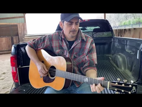 Brad Paisley, Darius Rucker – Mud On The Tires / Wagon Wheel (From ACM Presents: Our Country)