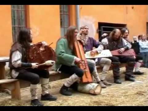 Skyforger (Acoustic Folk Set) - Live Keskiaikamarkkinat, Turku, Finland (18-6-2004)