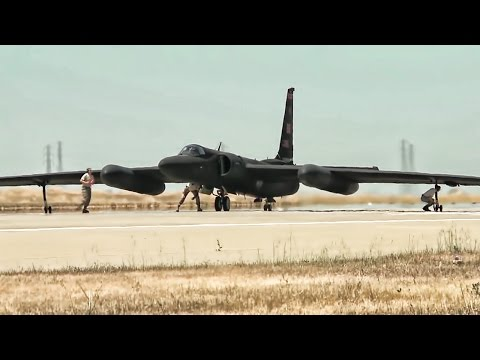 U-2 Spy Plane Takeoffs & Landings With Chase Car Views