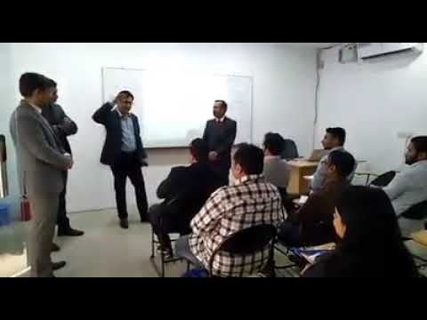 Prof. Raj Nehru interacting with student of Digital Marketing @ TISS Gurugram